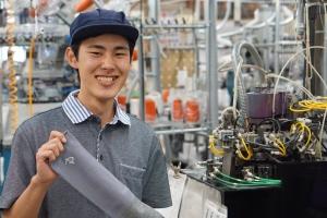 信州大学繊維学部の秋津くん(タイコーのインターン生)がオリジナルソックス『sleepit』を開発。